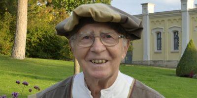 Dr. Siegfried Lange